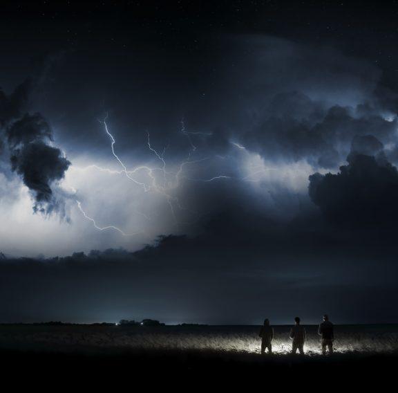 storm-3041241_1920