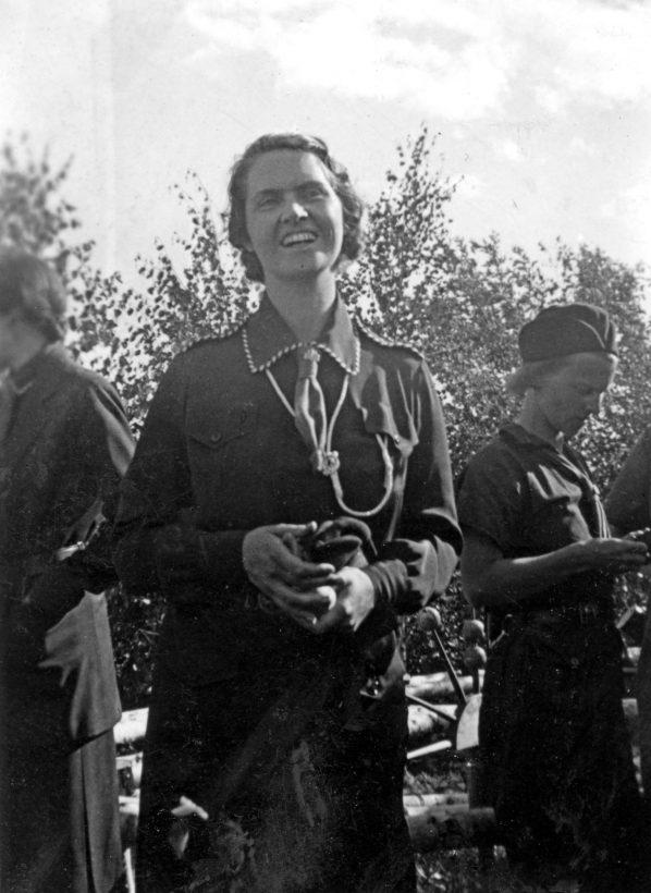 1936-06-07-prinsessan-sibylla-flickscouternas-nionde-vrldskonferensen-rttvik-stockholm-foto-gunvor-boman