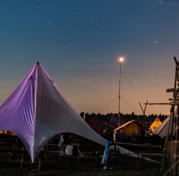 stjärnhimmel_och_tält_på_jamboree17